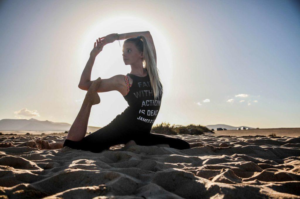 yoga practice fuerteventura