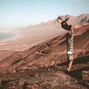 Screenshot_2020-04-19 Johanna y Laure ( manipura_circus_arts) • Fotos y videos de Instagram(3)