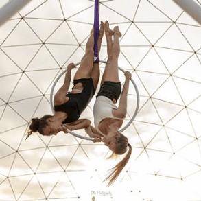 Screenshot_2020-04-19 Johanna y Laure ( manipura_circus_arts) • Fotos y videos de Instagram(6)