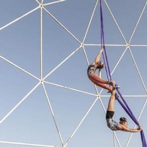 Screenshot_2020-04-19 Johanna y Laure ( manipura_circus_arts) • Fotos y videos de Instagram(7)